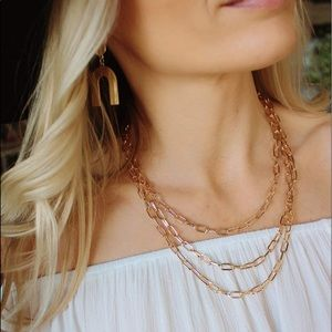 LOVELY LAYERS CHAIN NECKLACE